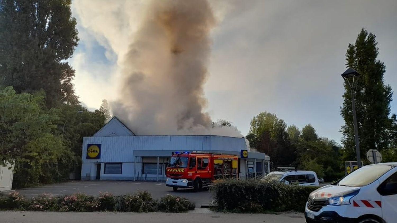 Un magasin de Buzançais est touché par un incendie.