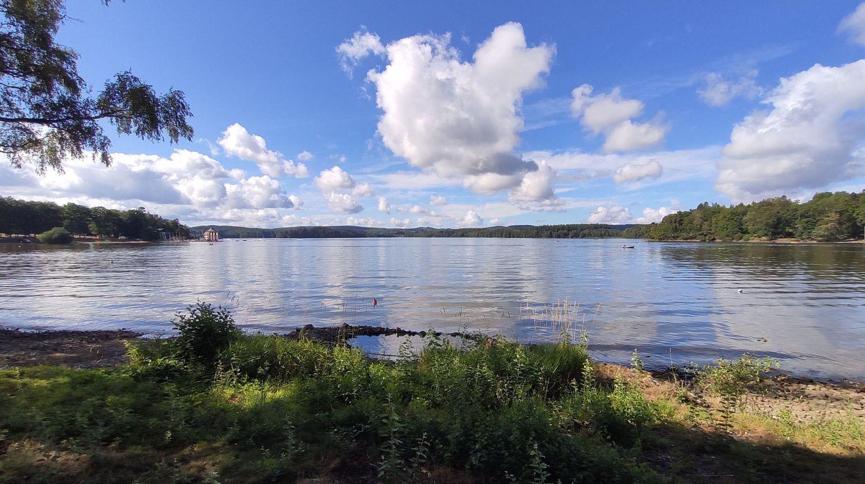 La navigation reste autorisée sur le lac.