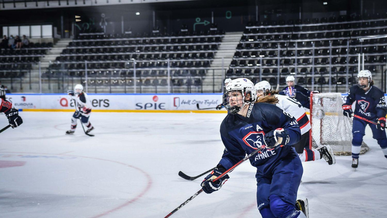 L'équipe de France féminine de hockey sur glace à Angers