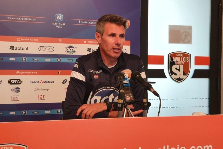 Olivier Frapolli suspendu de banc.