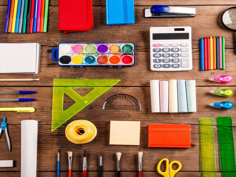 Les fournitures scolaires réclamées dès la maternelle.