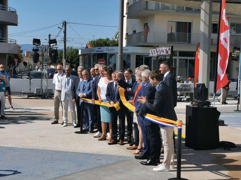 Inauguration de l'aquarium par Mr Stéphane LODA, le maire de Canet-en-Roussillon
