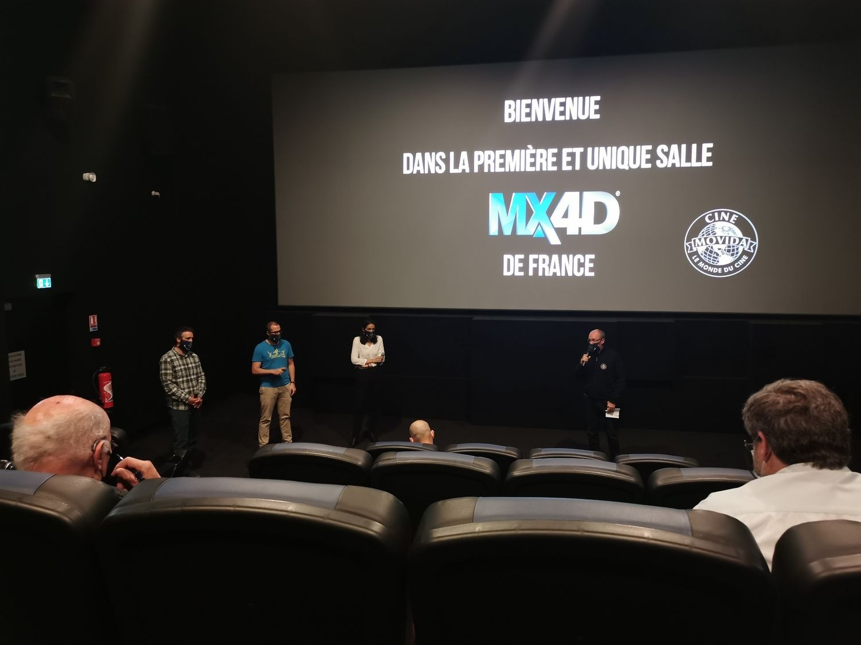 Inauguration de la salle MX4D