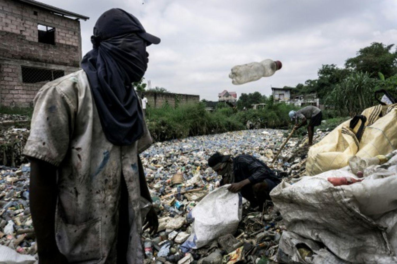 RDC: recycler les déchets plastiques pour assainir Kinshasa