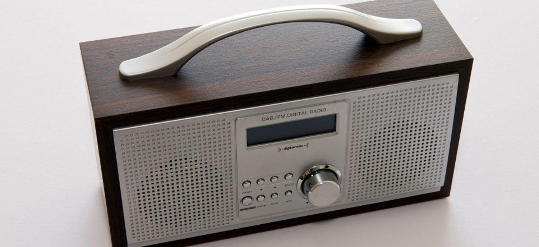 poste de radio dab+