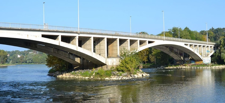 Le pont Napoléon était fermé à la circulation depuis le 5 juillet dernier.