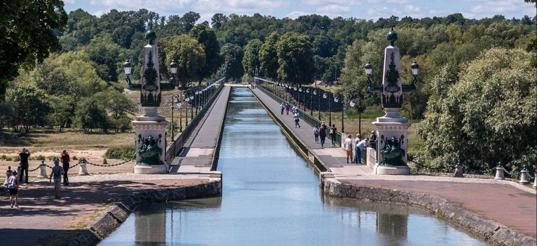 Le pont-canal de Briare, dans le Loiret.
