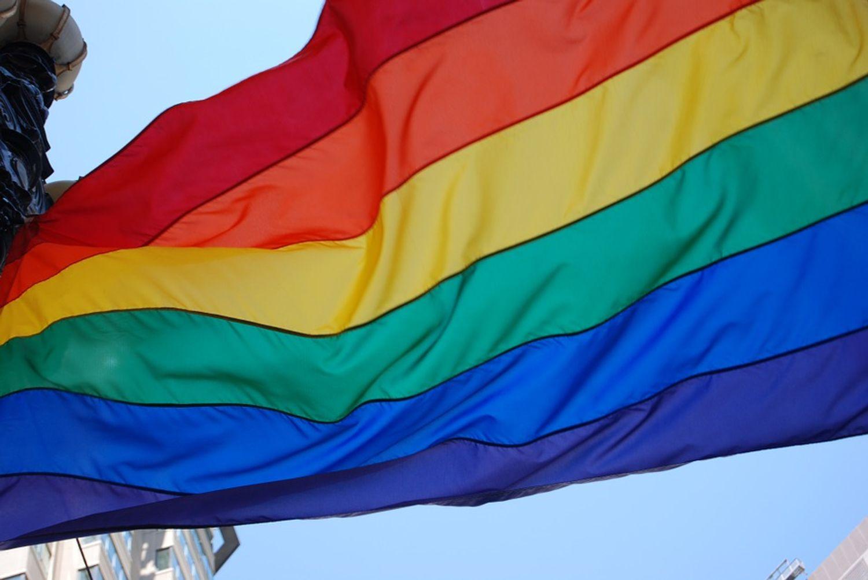 Bordeaux aux couleurs du drapeau LGBTQI+ ce dimanche