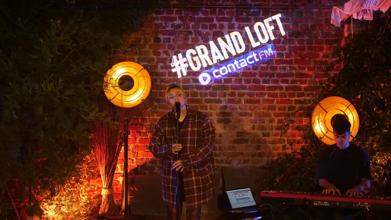Le #Grand Loft avec Louane