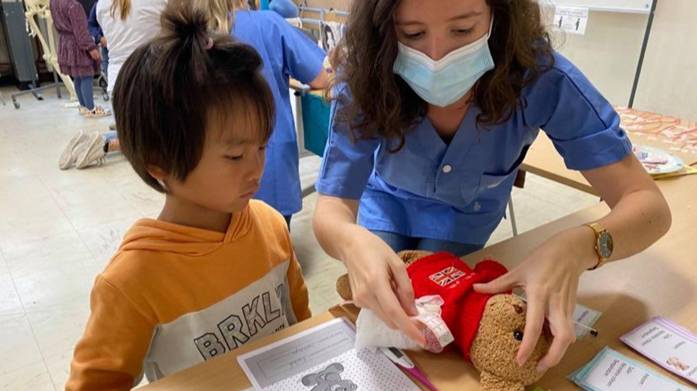 L'hôpital des nounours soigne toujours les bobos