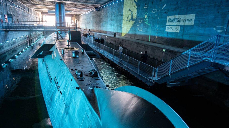 La carte postale : Le sous-marin l'Espadon