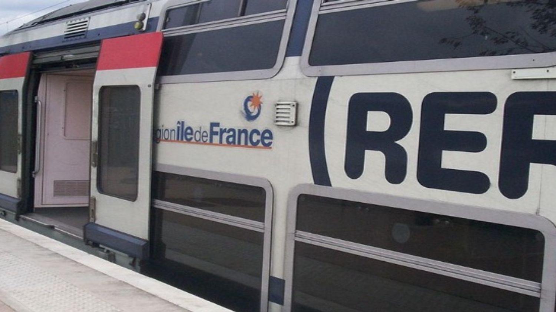 Panne électrique : le trafic totalement interrompu sur le RER A