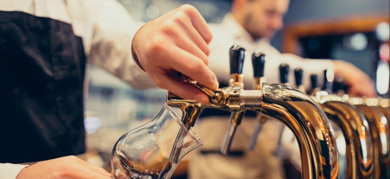 Offre d'emploi : poste de serveur/serveuse au bar le Kevin dans le...
