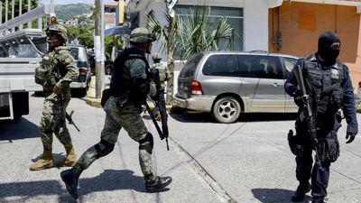Des tueurs d'un cartel à jet-ski font deux morts sur la plage à Cancun