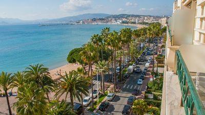 Covid-19 : Les vacances d'été 2021 pires que 2020 ?
