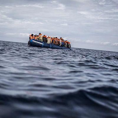 Espagne : une jeune migrante dérive 3 semaines en pleine mer