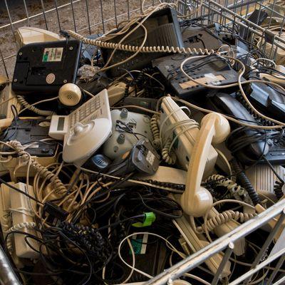 Recyclage : les anciens smartphones et autres téléphones ont aussi...