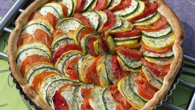 Tarte courgettes bicolores, tomates