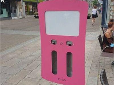 De nouveaux cendriers pour les fumeurs à Lorient.