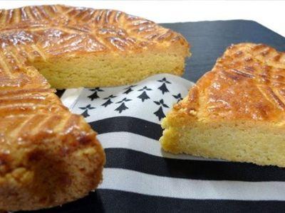 Tentative du plus gros gâteau breton du monde à Mellac dans le...