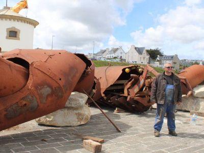 Un homard géant à Audierne.