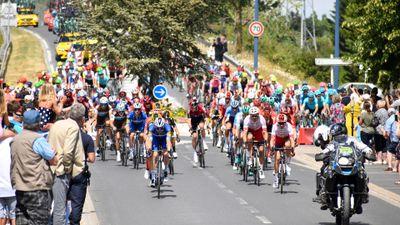 Sports: 7e étape du Tour de France, entre Vierzon et Le Creuzot