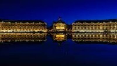 Bordeaux : un homme repêché dans la Garonne