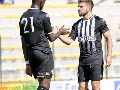 Angers SCO s'impose en amical contre Troyes