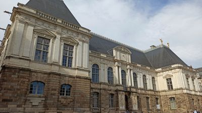 Rennes: un quadragénaire jugé pour le meurtre d'une jeune femme...