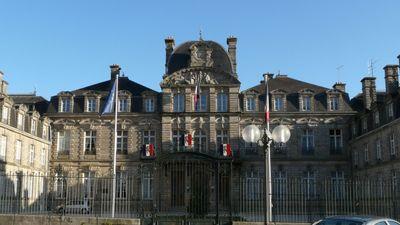Les salariés de la Fonderie de Bretagne en route vers la préfecture...