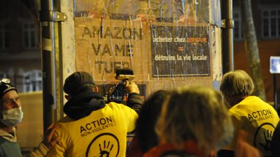 "Perpignan : action ""stop au monde d'Amazon"""