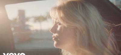 """Louane dévoile le clip de """"Aimer à mort"""""""