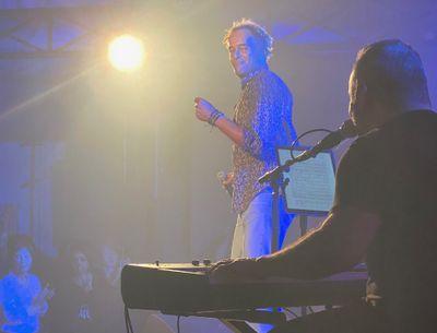 Yannick Noah parti en live, avec Hit West