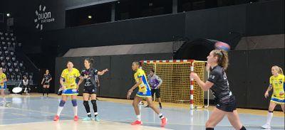 Les handballeuses dijonnaises terminent leur saison régulière par...