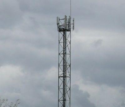 Ils estiment les antennes-relais dangereuses