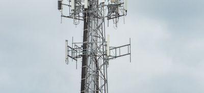 Suspension des travaux pour l'antenne relais de Locronan (29 ).