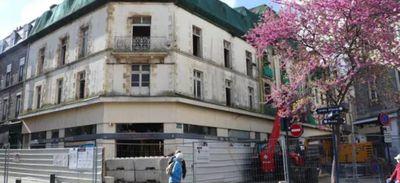 """Démolition de l'ancien """" Monoprix """" à Saint-Brieuc."""