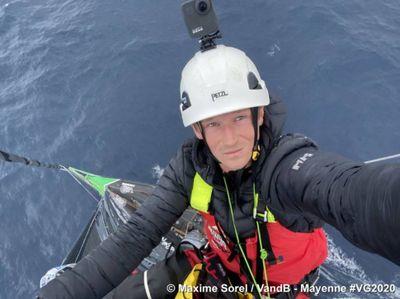 Vendée Globe semaine 6 : montée au mât pour Maxime Sorel