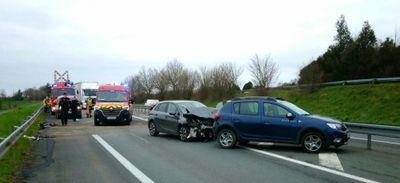 Le Lion d'Angers. La D775 fortement ralentie après un accident...