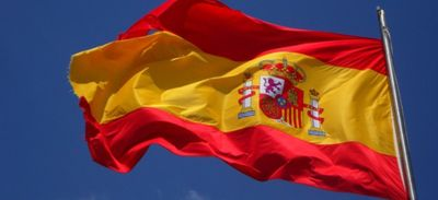 Cluster géant dans une fête en Espagne
