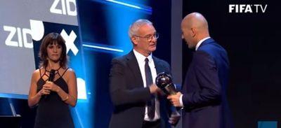L'accolade entre Zizou et Claudio Ranieri à Londres