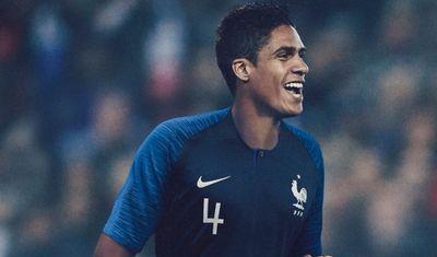 On vous présente le nouveau maillot des Bleus pour le Mondial 2018