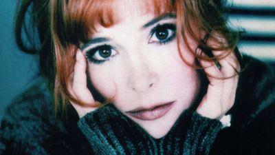 """Le dixième album de Mylène Farmer s'appellera """"Nébuleuse"""" et sera..."""