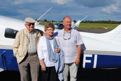 Insolite : un baptême de l'air en avion à 106 ans !