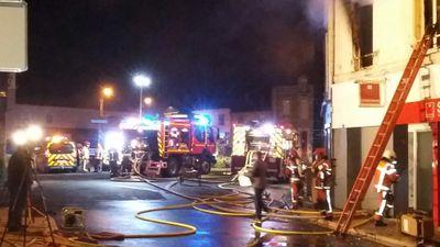 Luçon : important incendie d'un immeuble d'habitation, 7 personnes...