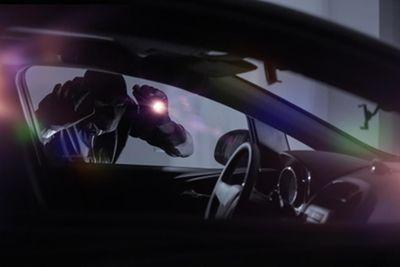 Rezé : un homme se fait violemment braquer sa voiture dans une...