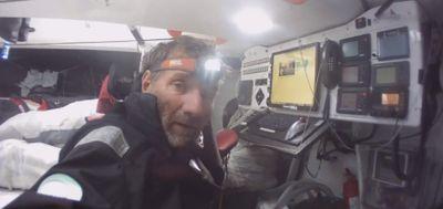 """J'ai eu de la chance dans mon malheur"" : Kito de Pavant, skipper..."