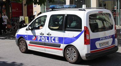Un homme agresse violemment deux personnes à Nantes
