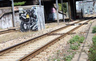 Une personne mortellement percutée par un train près de Saint-Nazaire
