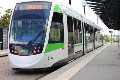 Un homme tué d'un coup de couteau dans le tram Nantais